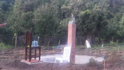 Ruesi Garden la Statue